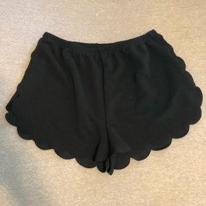 Women's Shein Size M Black Scalloped Shorts